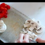 προετοιμασία υλικών πίτσας copy