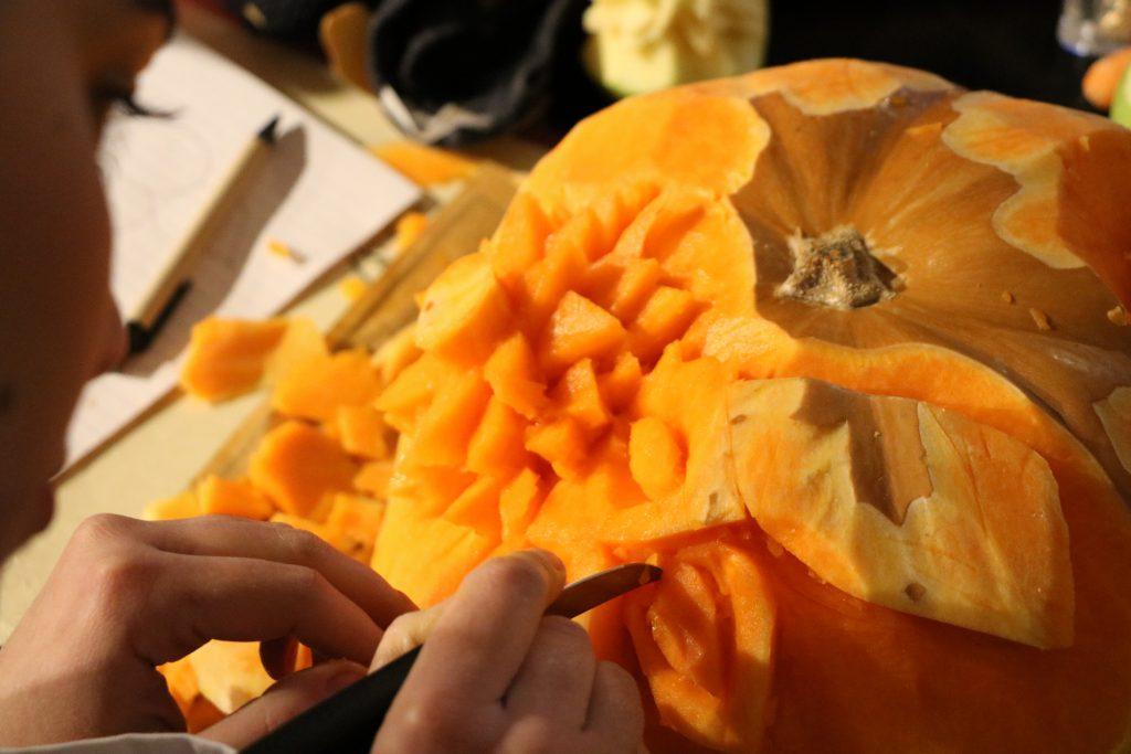 Σκαλίσματα σε Φρούτα και Λαχανικά114